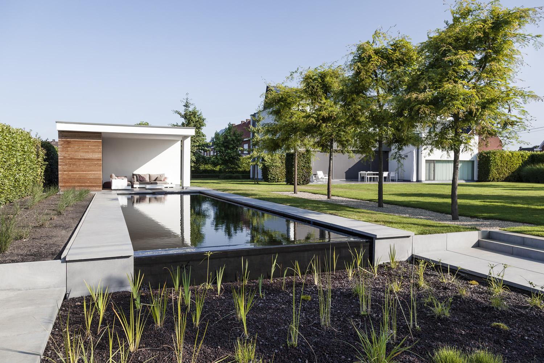 Een echt familiebedrijf met passie voor tuinen en zwemvijvers